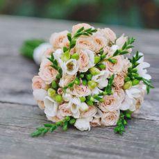 Недорого букеты на заказ, просто цветы букеты